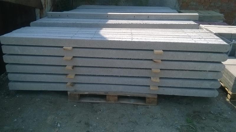 betonoszlop_teglatest_01
