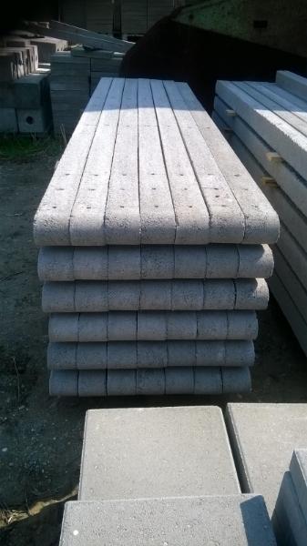 betonoszlop_teglatest_02